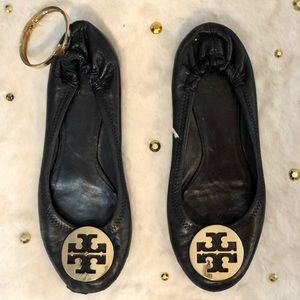 Gently used authentic Tory Burch black flats